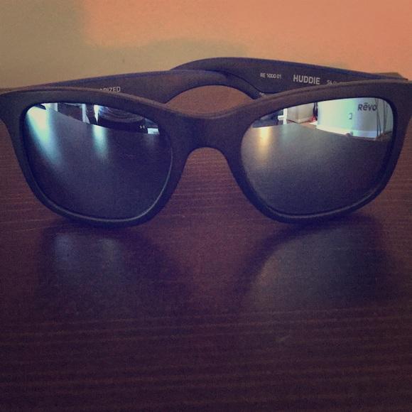 b26949c448 Revo Huddie Polarized Sunglasses. M 5a4bb6a88df470209808b117